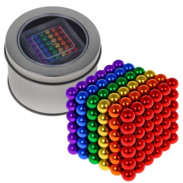 Mágnes színes